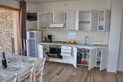 ferienhaus-gardasee-seeblick-ferienwohnung-perla-wohnzimmer-13
